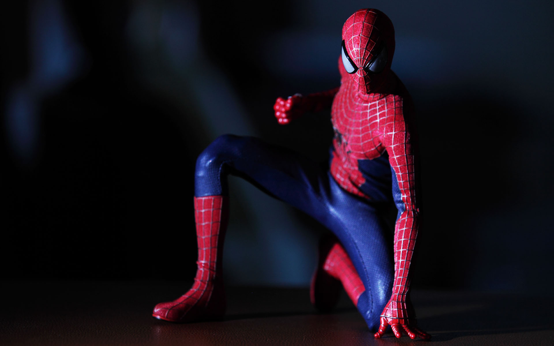hot-toys-amazing-spider-man-2-spider-man-picture-01