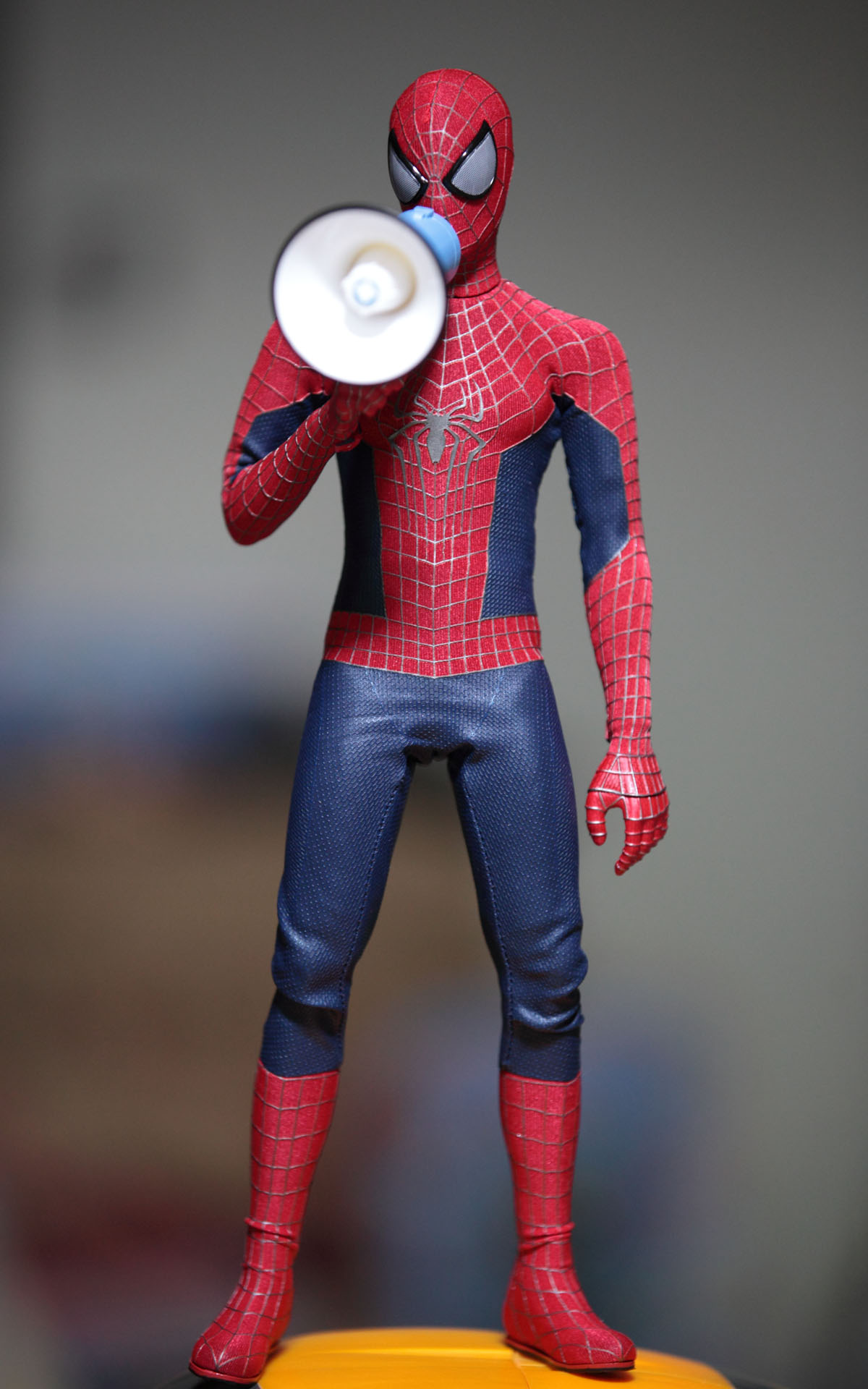 hot-toys-amazing-spider-man-2-spider-man-picture-04