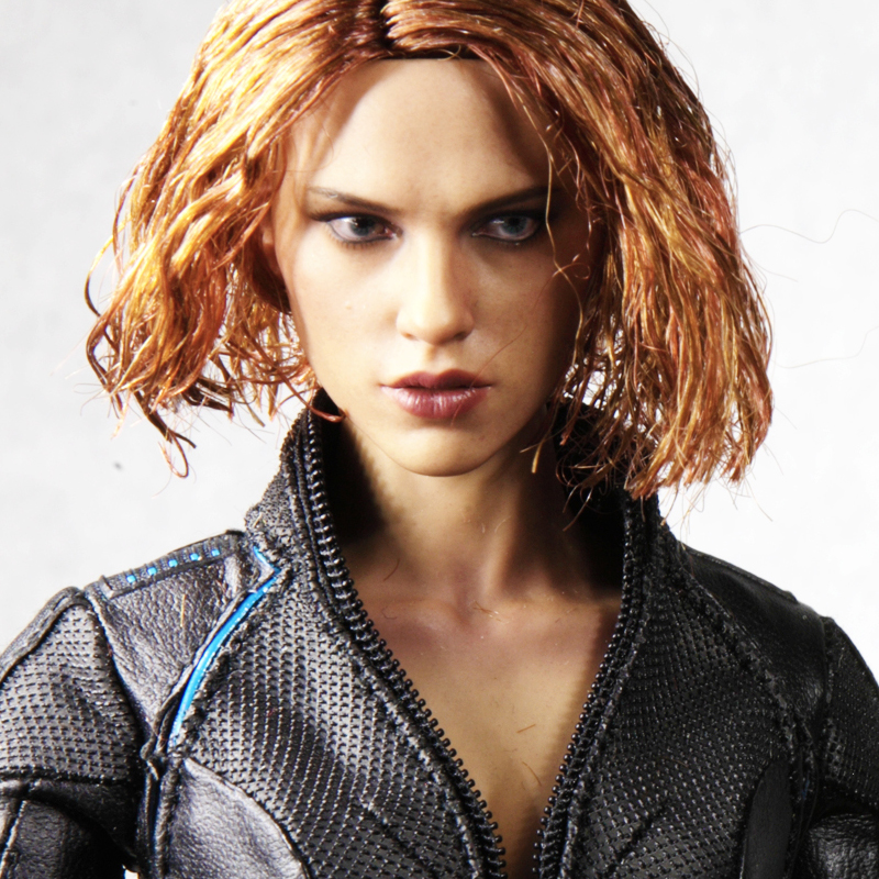 hottoys-avengers-age-of-ultron-black-widow-image