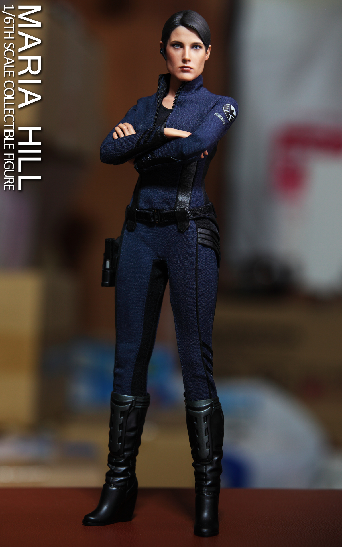 hottoys-avengers-age-of-ultron-maria-hill-picture02