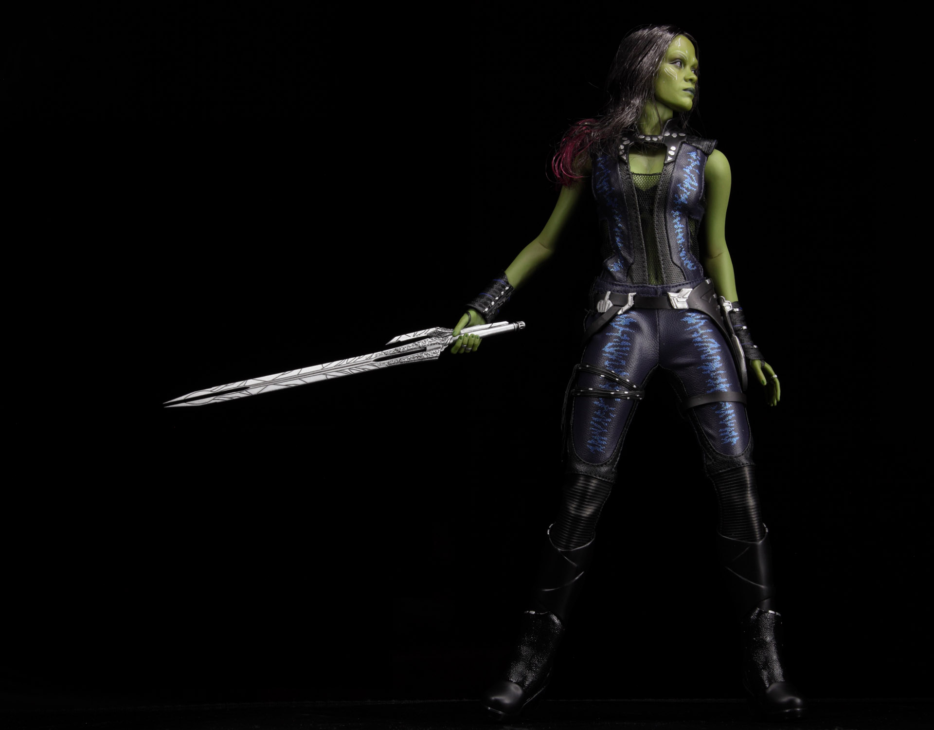 hottoys-guardians-of-the-galaxy-gamora-picture01