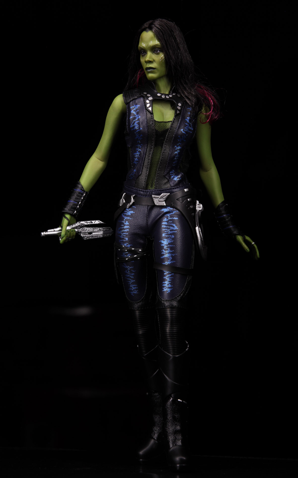 hottoys-guardians-of-the-galaxy-gamora-picture02