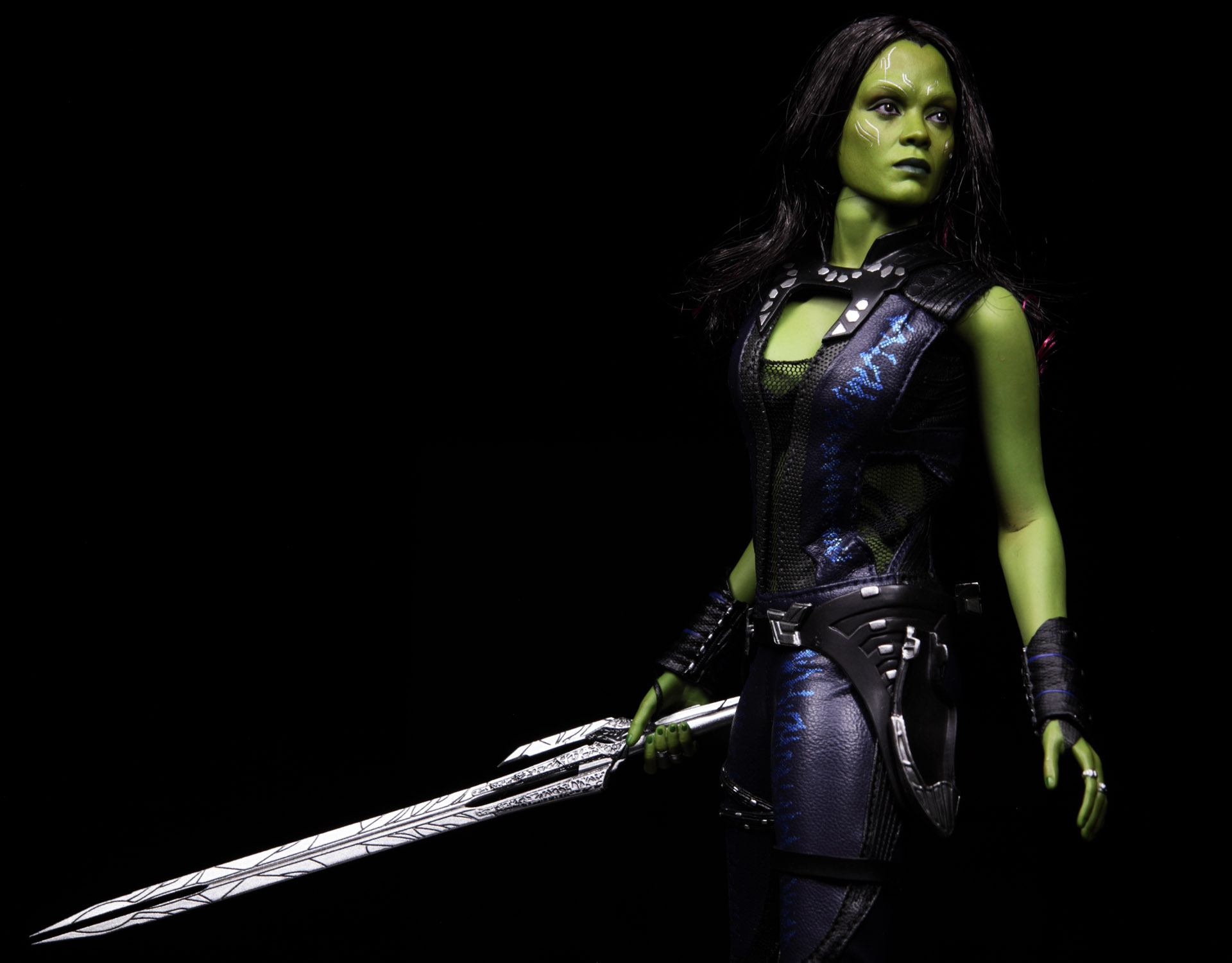 hottoys-guardians-of-the-galaxy-gamora-picture03