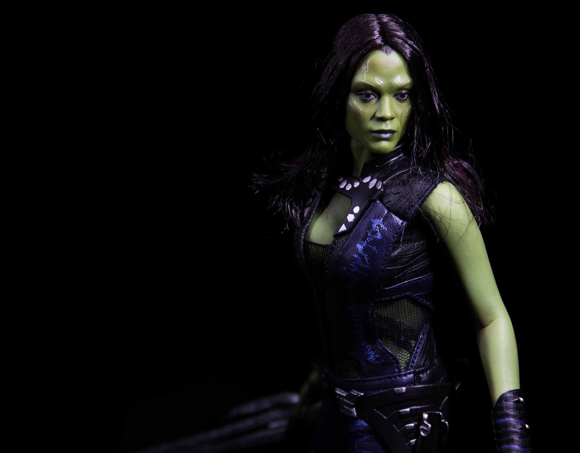 hottoys-guardians-of-the-galaxy-gamora-picture04