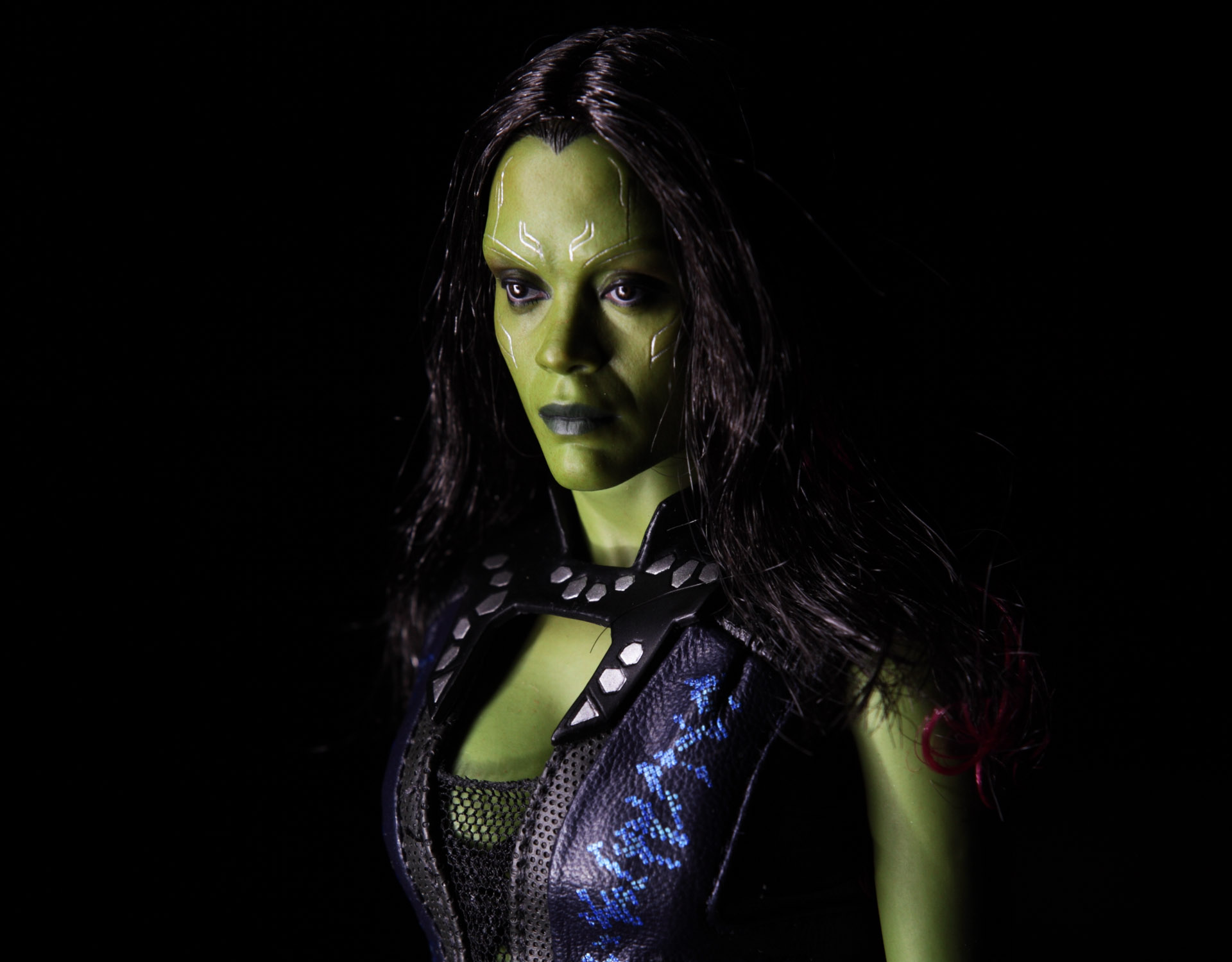 hottoys-guardians-of-the-galaxy-gamora-picture05