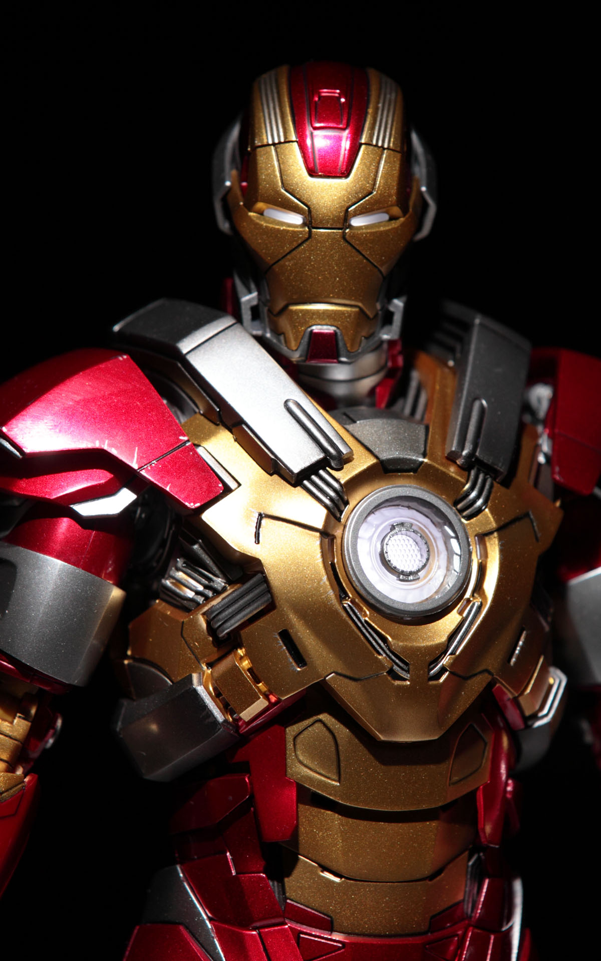 iron-man3-mark-17-picture03