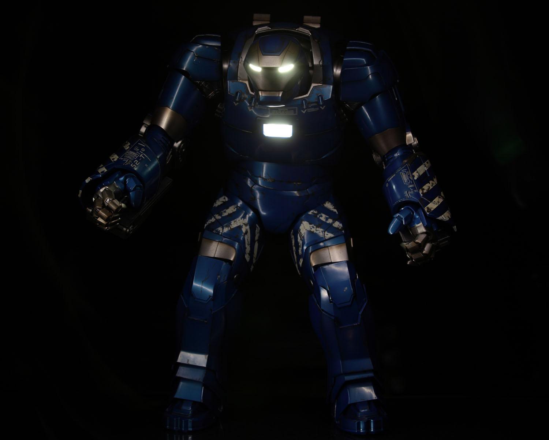 hottoys-iron-man3-mark-38-igor-picture01