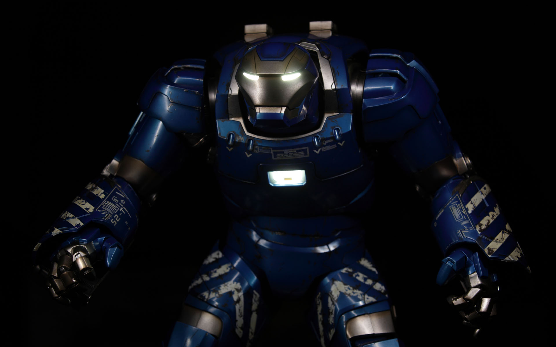 hottoys-iron-man3-mark-38-igor-picture02