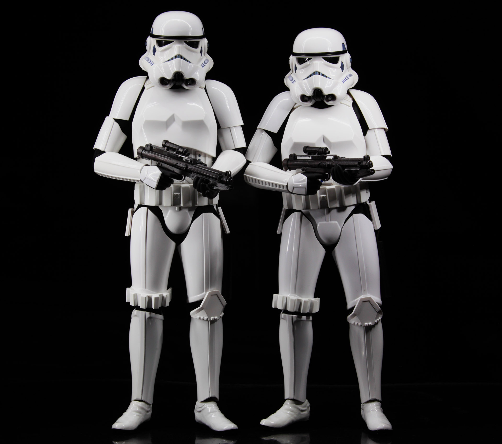 hottoys-star-wars-episode-4-a-new-hope-stormtroopers-set-picture02