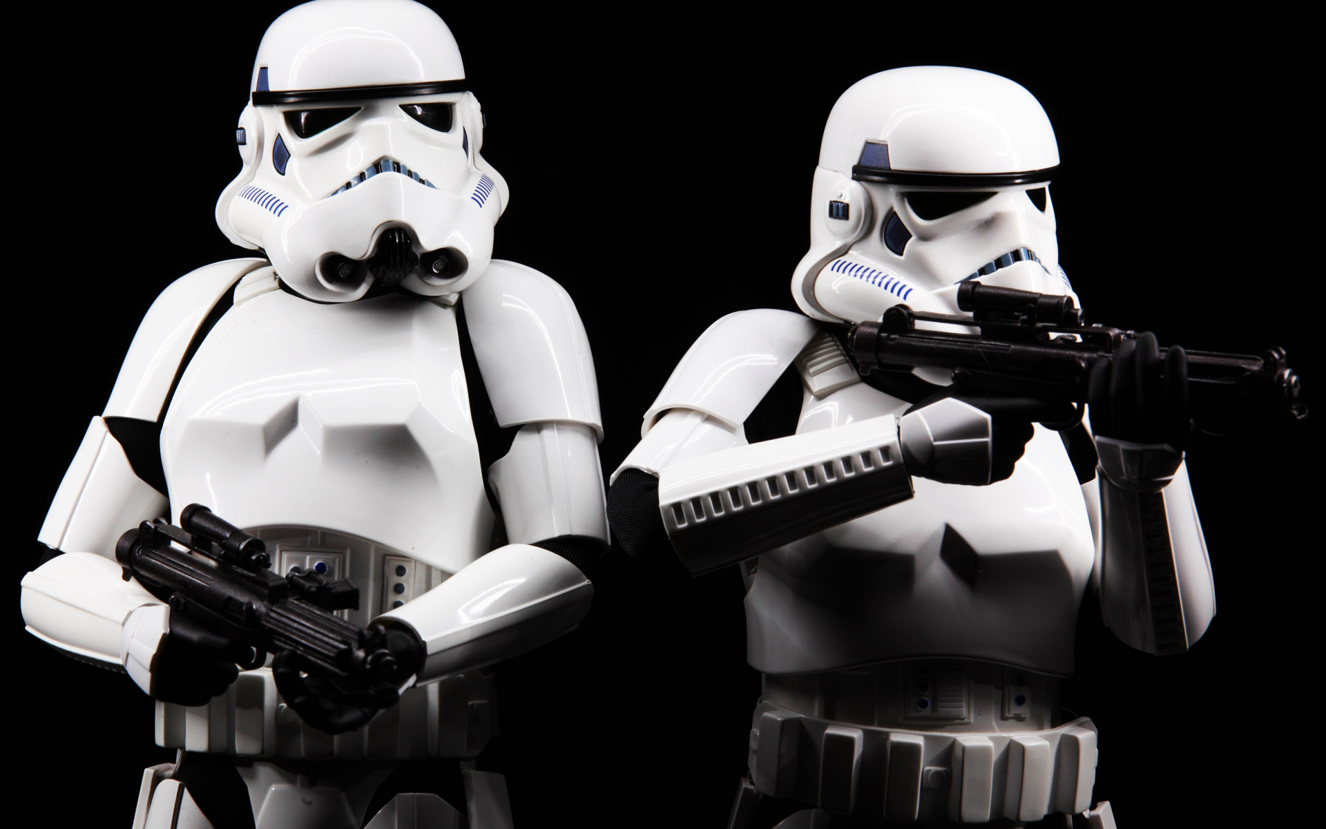 hottoys-star-wars-episode-4-a-new-hope-stormtroopers-set-picture04