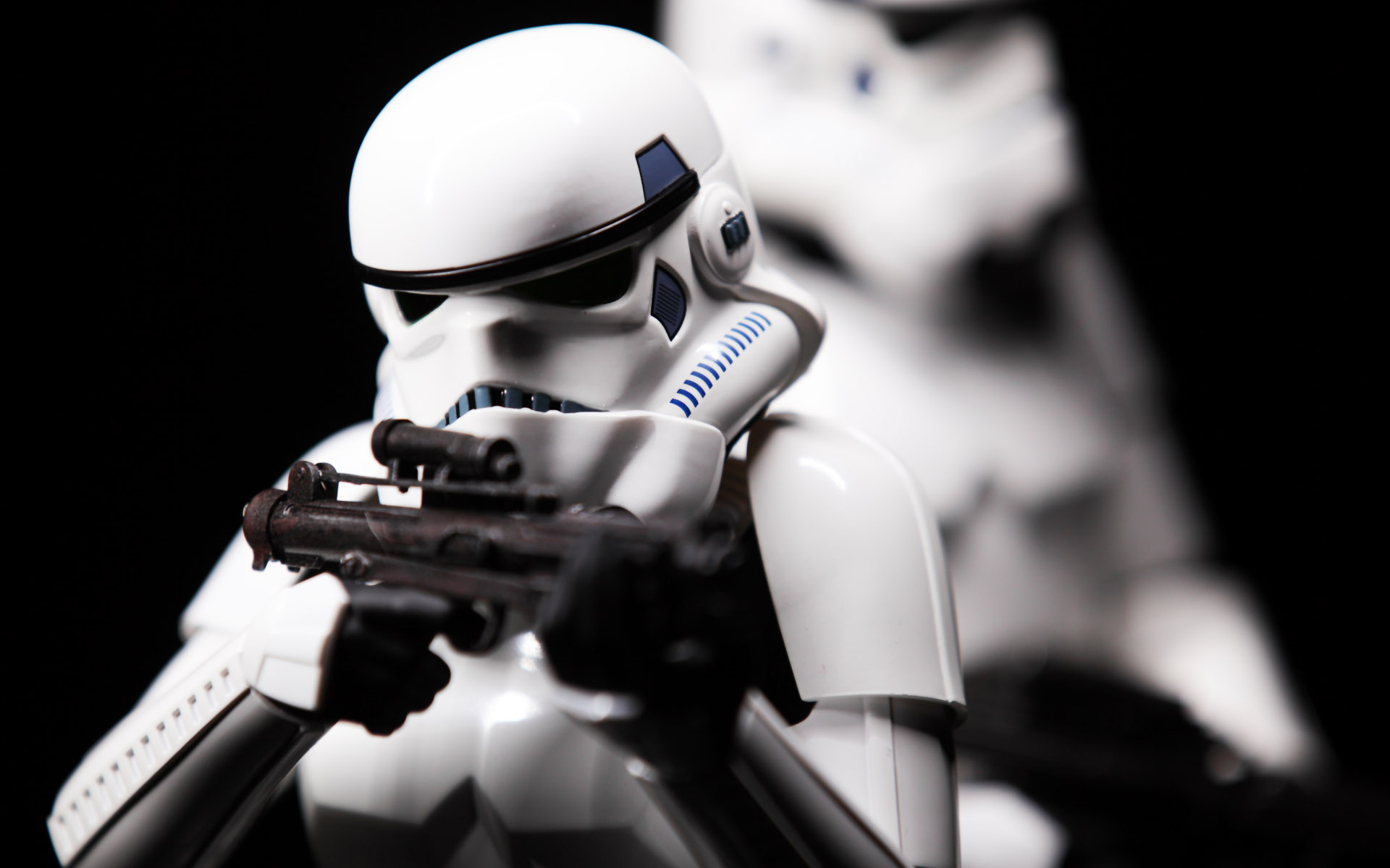 hottoys-star-wars-episode-4-a-new-hope-stormtroopers-set-picture06