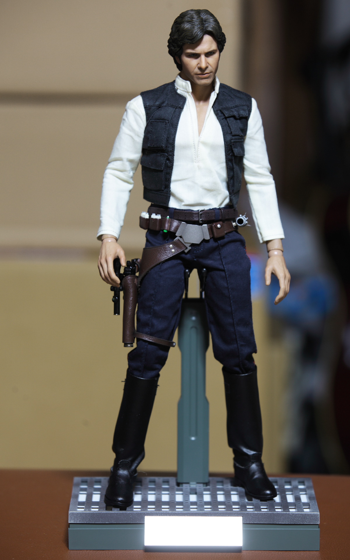 hottoys-star-wars-episode-IV-a-new-hope-han-solo-&-chewbacca set-picture14