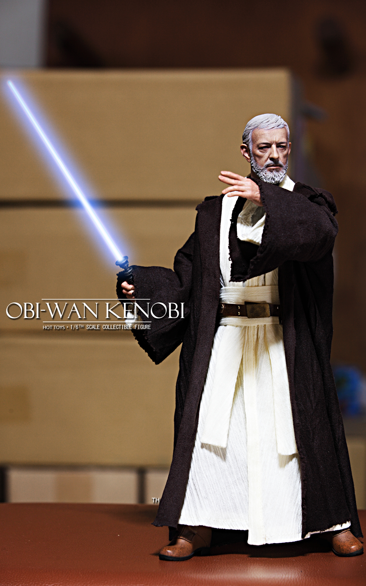 hottoys-star-wars-episode-IV-a-new-hope-obi-wan-kenobi-picture04