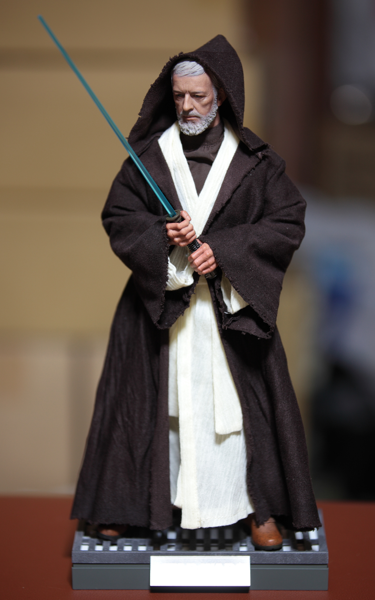 hottoys-star-wars-episode-IV-a-new-hope-obi-wan-kenobi-picture13
