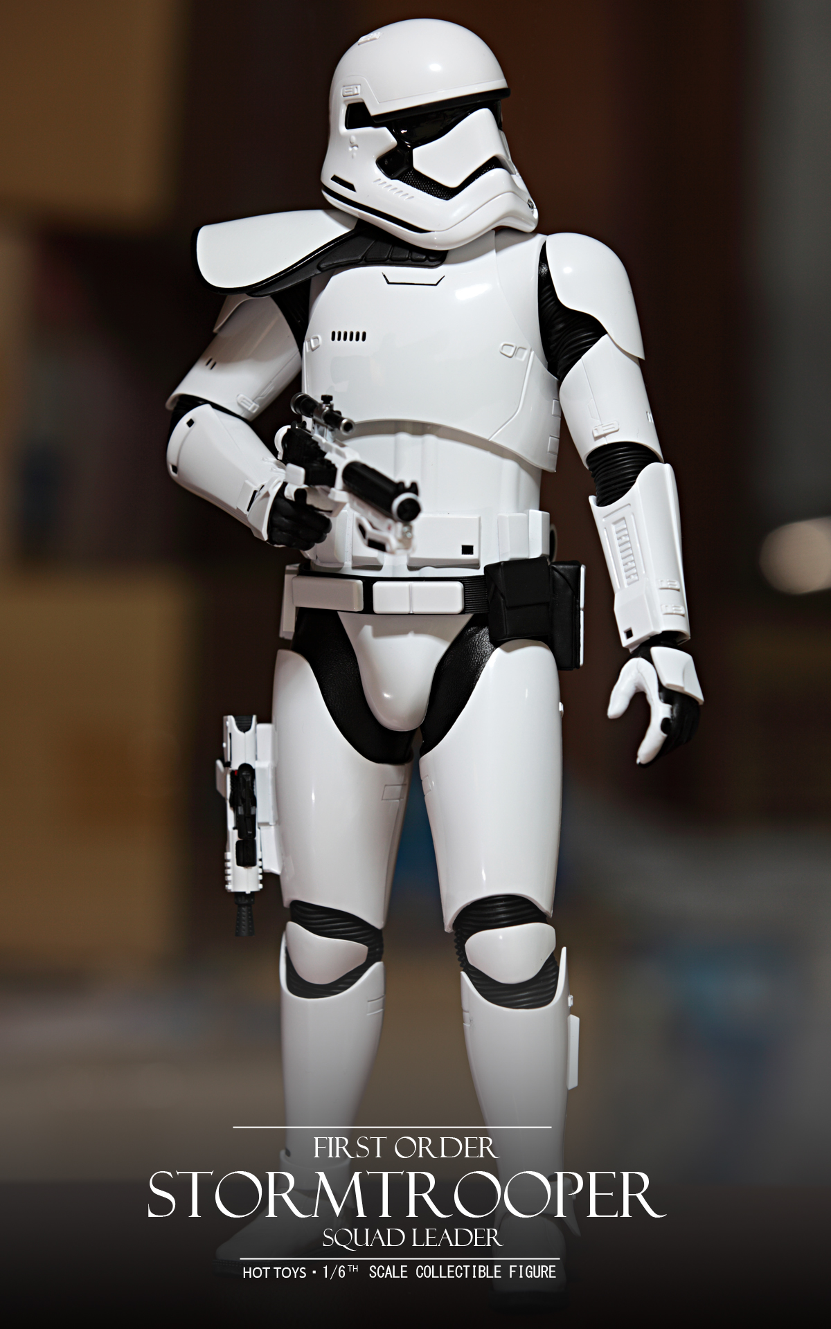 hottoys-star-wars-the-force-awakens-first-order-stormtrooper-Squad-Leader-picture01hottoys-star-wars-the-force-awakens-first-order-stormtrooper-Squad-Leader-picture01