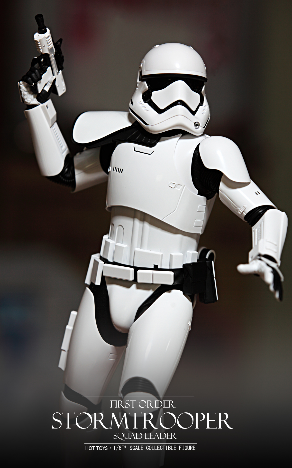 hottoys-star-wars-the-force-awakens-first-order-stormtrooper-Squad-Leader-picture01hottoys-star-wars-the-force-awakens-first-order-stormtrooper-Squad-Leader-picture05