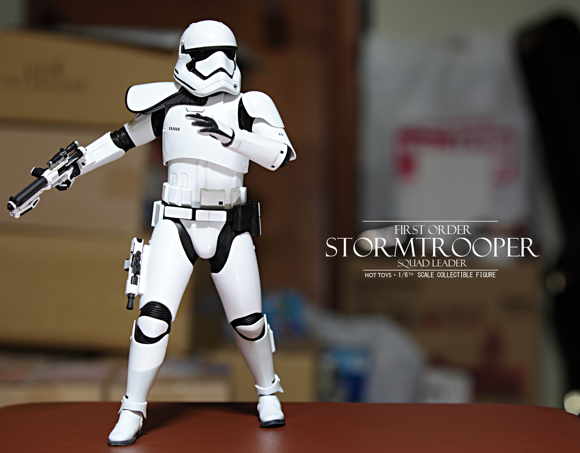 hottoys-star-wars-the-force-awakens-first-order-stormtrooper-Squad-Leader-picture01hottoys-star-wars-the-force-awakens-first-order-stormtrooper-Squad-Leader-picture07