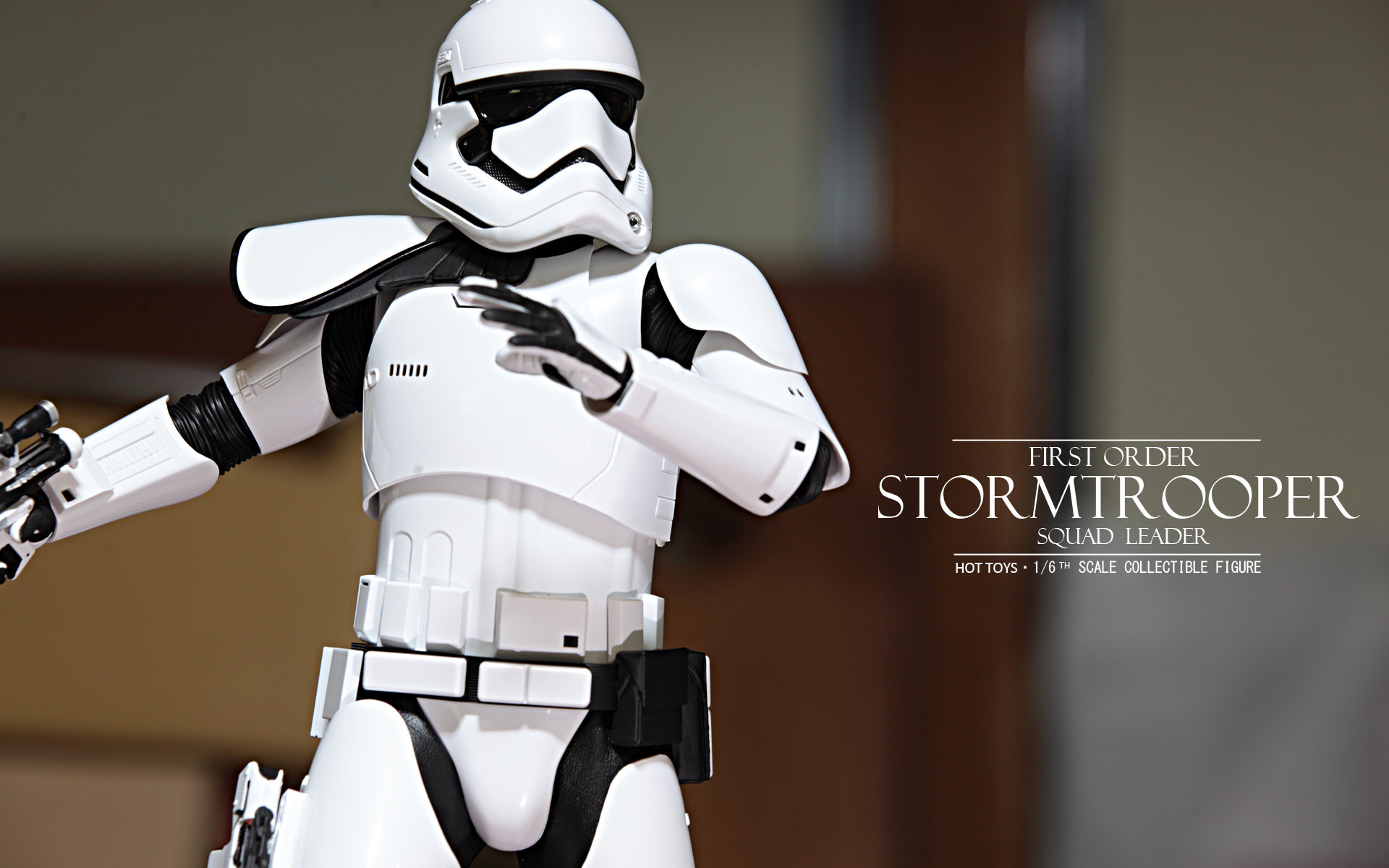 hottoys-star-wars-the-force-awakens-first-order-stormtrooper-Squad-Leader-picture01hottoys-star-wars-the-force-awakens-first-order-stormtrooper-Squad-Leader-picture08