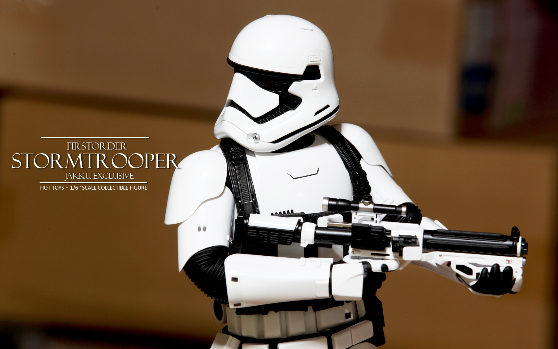 hottoys-star-wars-the-force-awakens-first-order-stormtrooper-jakku-picture05