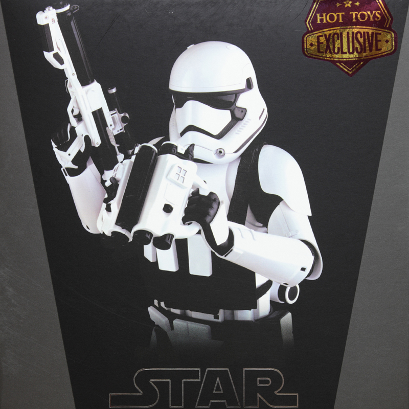 hottoys-star-wars-the-force-awakens-first-order-stormtrooper-jakku-box