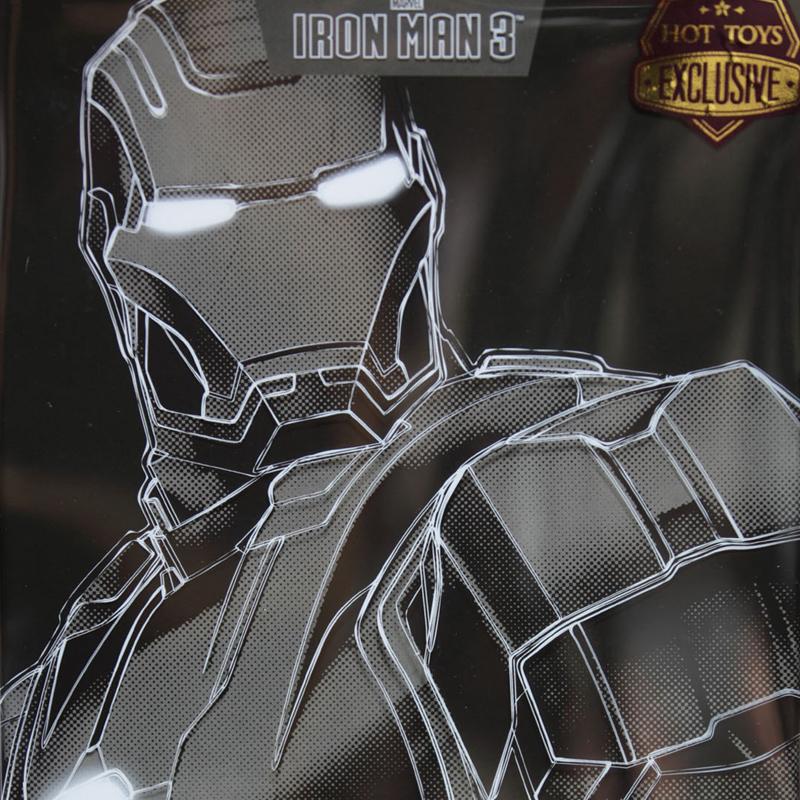 hottoys-iron-man3-mark-22-hot-rod-box